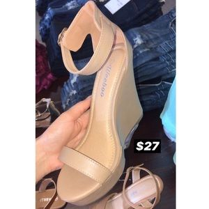 Shoes - Tan Wedges. NEW